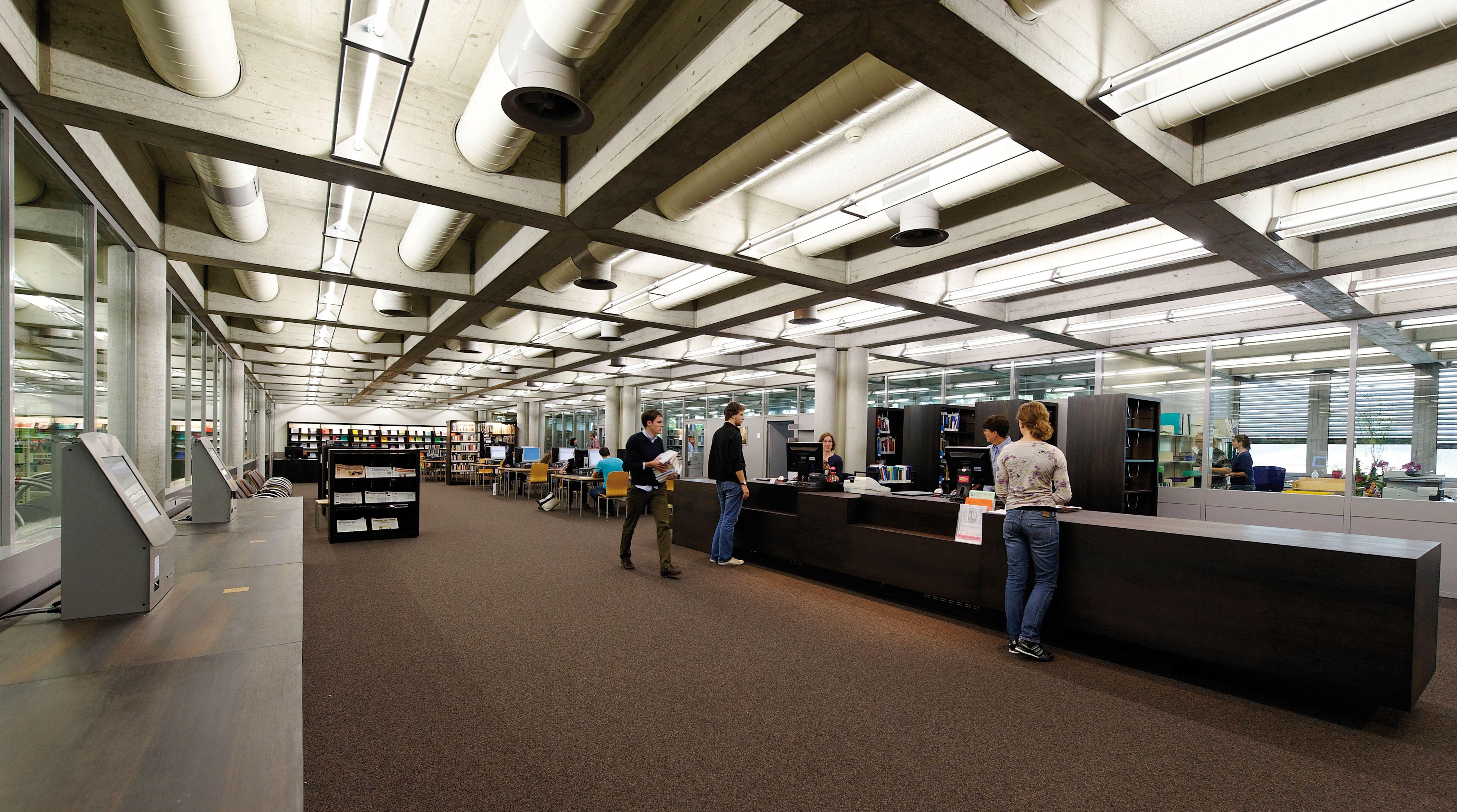 Hsg Bibliothek Im Neuen Gewand Prisma