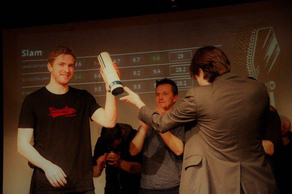 Gregor Stäheli bei der Siegerehrung
